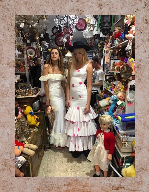 DE LA VALI'S Jana Sacha and Laura Castro
